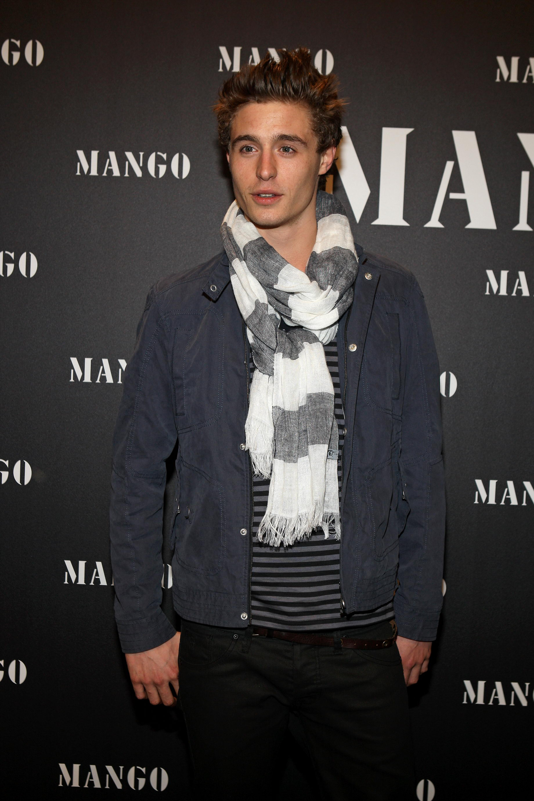 Max Irons attends the EL BOTÓN-MANGO FASHION AWARDS
